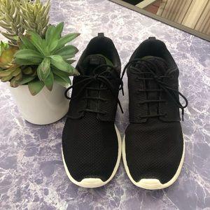 Nike Men's Roshe One Sneakers